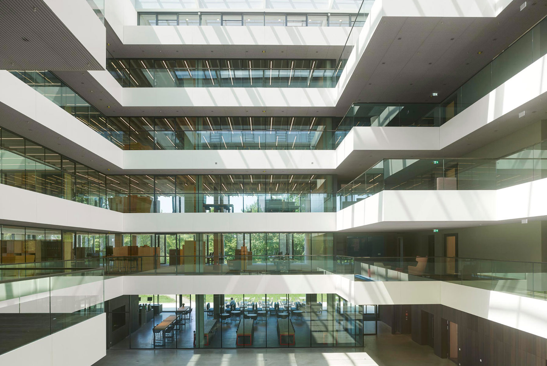 IT-Unternehmen AEB Headquarters Stuttgart Riehle Architekten
