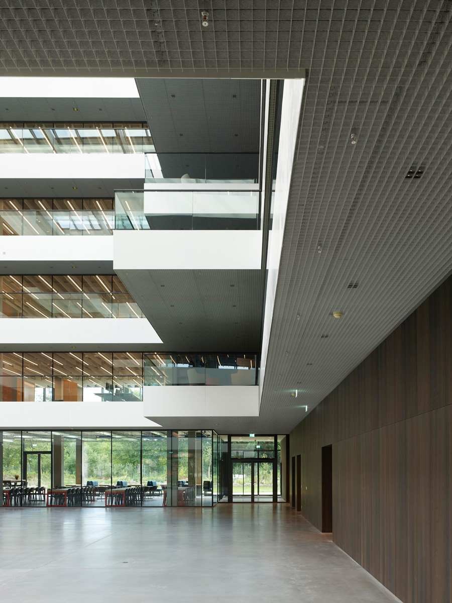 AEB Headquarters Stuttgart Architektur Riehle